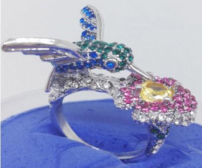 Beautiful Hummingbird Ring